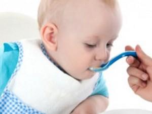 Детское питание: как кормить, чтобы не болел животик