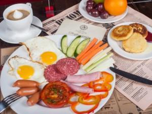Учёные: ранние завтраки повышают успеваемость детей