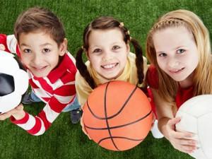 Игры на улице, помогают детям избежать близорукости