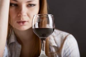 Специалисты рассказали, как защитить детей от алкоголя и наркотиков