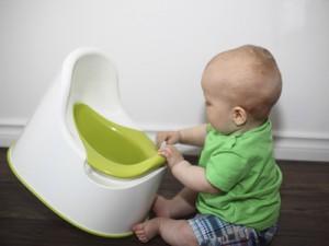 Приучение к горшку: как узнать, готов ли ребенок