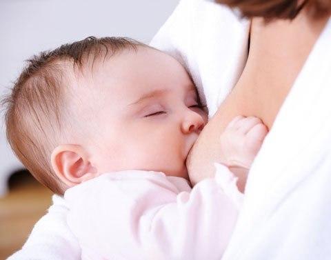 Миндальное молоко потенциально небезопасно для детей, говорят врачи