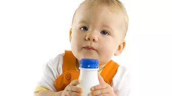 Когда начинать прикорм кефиром и сколько его давать ребенку?