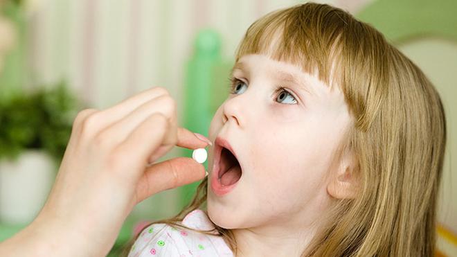 Прием антибиотиков детьми в возрасте до 2 лет увеличивает риск развития ожирения