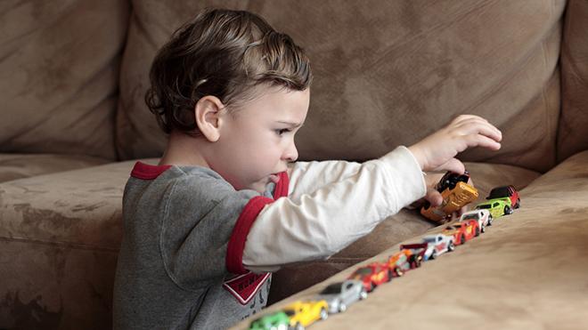 Врачи назвали 10 главных признаков наличия аутизма у ребенка
