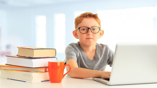 Дети, имеющие проблемы со зрением, чаще страдают от СДВГ