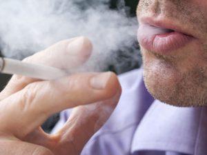 Дети, живущие с курильщиками, чаще посещают врачей