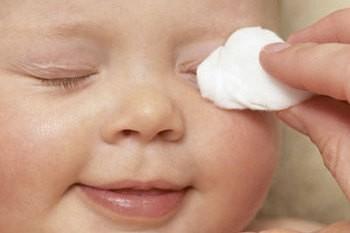 Уход за новорожденным малышом: советы родителям