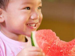 5 советов для кормления малыша во время поездки