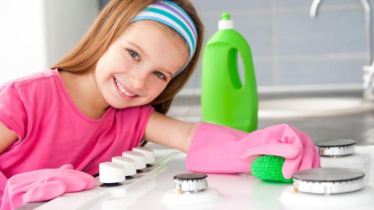 Как приобщить детей к домашнему труду?