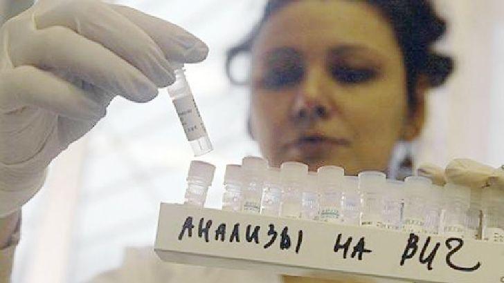 Двухлетнего ребенка излечили от ВИЧ стандартными методами