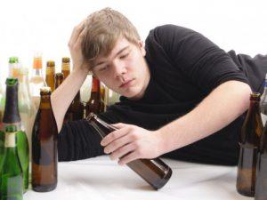 Реклама алкоголя увеличивает склонность к пьянству у подростков