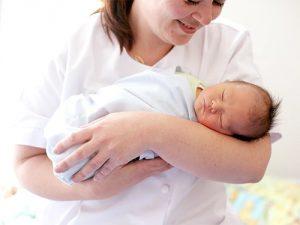 Диабет матери особым образом влияет на ее ребенка