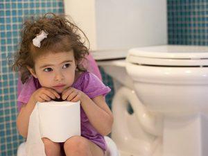 Как приучить ребенка в памперсах к горшку?