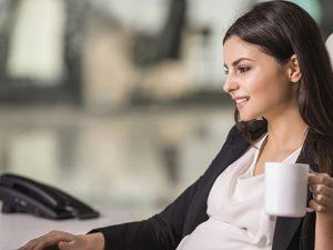 Беременным девушкам нельзя пить кофе