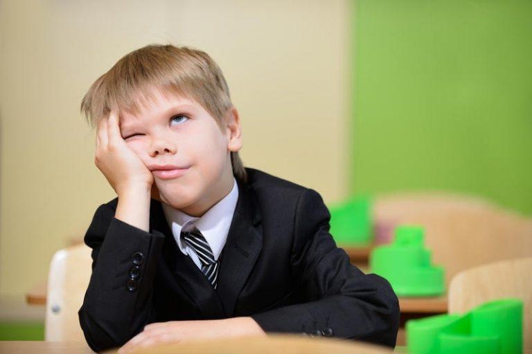 Как мотивировать ребенка идти в школу: советы психолога