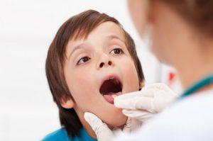 Ларингит — особенности протекания болезни у детей