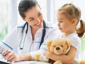 Что делать, если у ребенка заболело ушко?