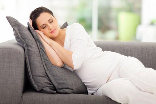 Отдых и сон во время беременности
