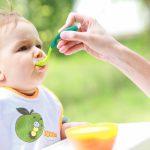 Прикорм ребенка: с чего начать?