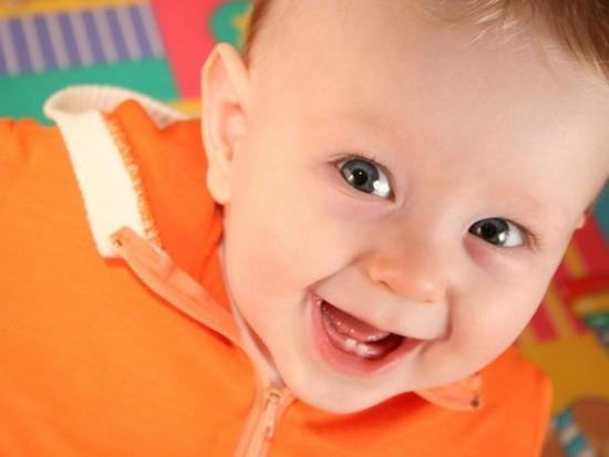 Молочные зубы у детей: порядок прорезывания и симптомы