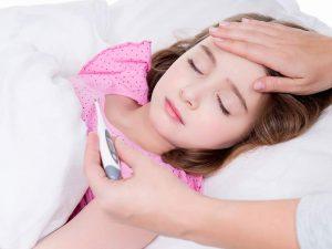 Часто болеющий ребенок: лечить или сам перерастет?