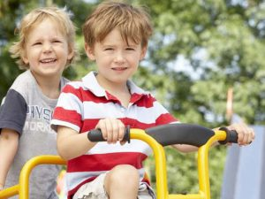 Безопасность на детской площадке