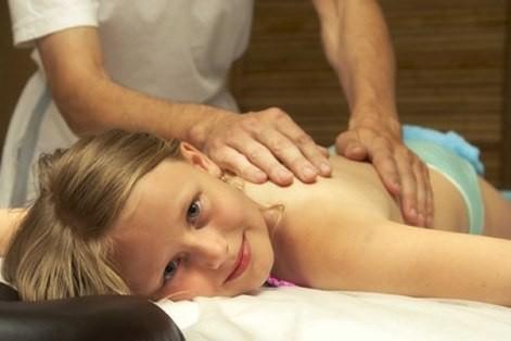 Детский вертебролог — расправьте ребенку шею