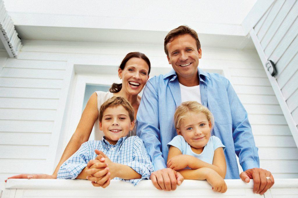 Страхование детей: разновидности