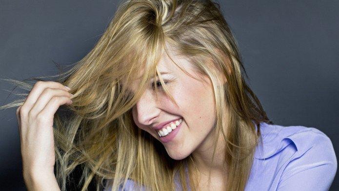 Как заставить волосы расти быстрее?