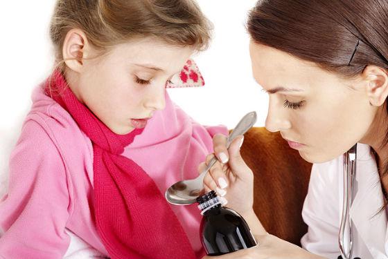 Лечение сухого кашля у детей: лекарственные препараты, дозировки