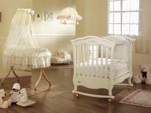 Выбираем кроватку для новорожденного