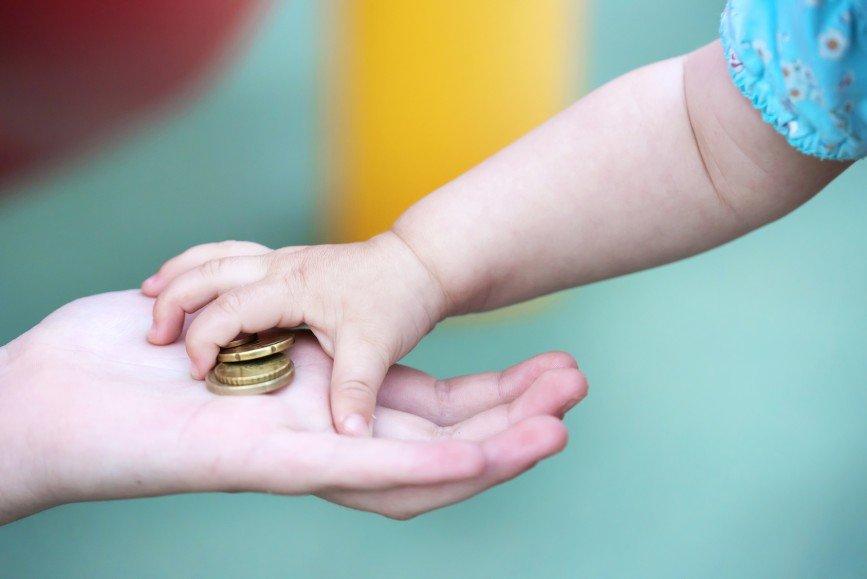 Деньги не игрушка: как вырастить из ребенка миллионера
