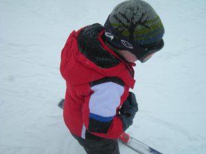 Где и как научить детей кататься на лыжах