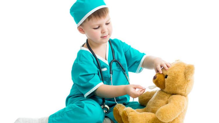 Ребёнок обжегся, травмировался или выпил лекарство?