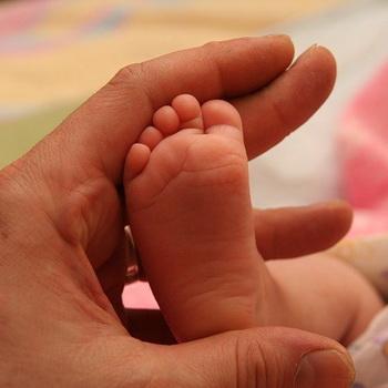 Плоскостопие у маленьких детей: что делать и как исправить