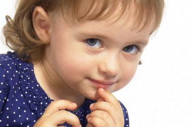 Что подарить ребенку на годик: идеи на любой вкус и кошелёк.