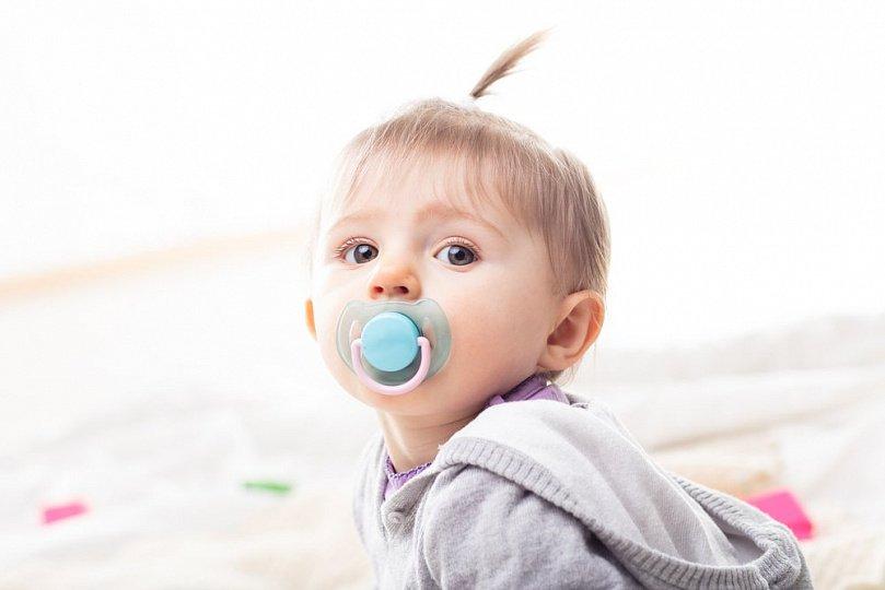 2-месячные дети: развитие, рост и вес, режим сна и питания, умения