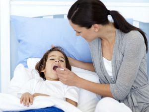 Советы родителям: как накормить больного ребенка?