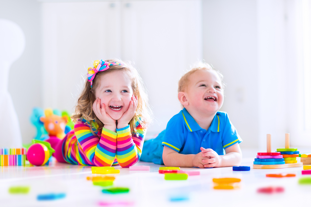 Как самостоятельно сделать пальчиковые краски для детей?