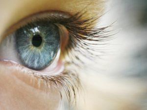Как сохранить зрение ребенку: советы родителям