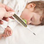Как правильно мерить температуру у ребенка и давать жаропонижающее