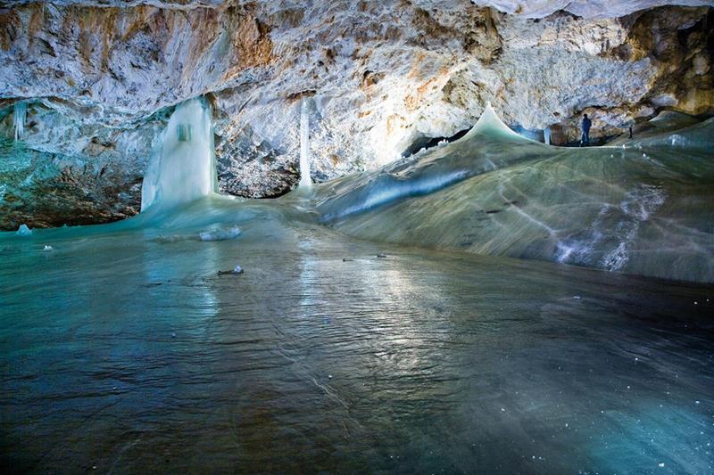 Добшинская пещера — сказочная красота ледяного царства!