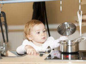 Ожоги кипятком у ребенка: первая помощь, лечение в зависимости от степени, профилактика