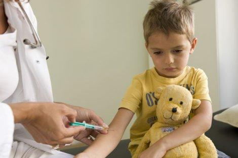 Менингококковая инфекция у детей: причины, признаки, симтомы, лечение, профилактика