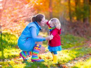 Где работают мамы, которые забирают ребенка из сада в пять?