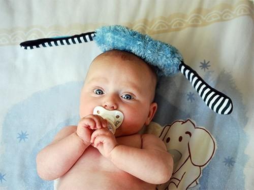 Облизывание соски ребенка может оказаться полезным для детского здоровья