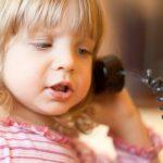 Телефон доверия для детей. Кто поможет принять себя и обрести взаимопонимание с родителями?