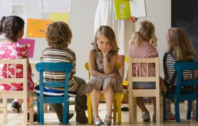 Ребенок стал агрессивным из-за шлепков или компьютерных игр?