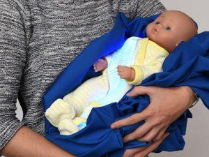 Лампу при желтухе новорожденных заменит светящаяся пижама